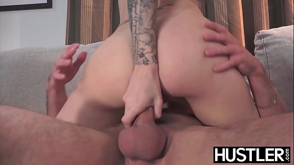 Inked babe Natasha Starr analled hard by sister...