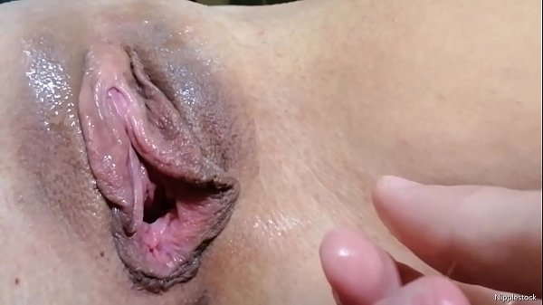 Close up pussy licking and real woman orgasm Thumb