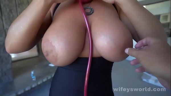 Gorgeous MILF With Big Beautiful Tits Sucks Cock And Swallows Jizz