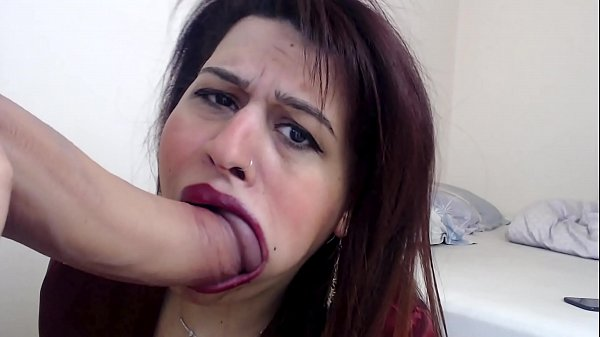 I GAVE A CHANCE TO MY STEPBROTHER FOR CUMMING ON MY FACE