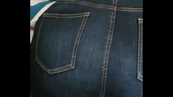 Huge ass wife bent over Thumb