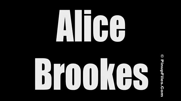 Alice Brookes Pink Luscious Download Video Full http://linkshrink.net/7HSaiA