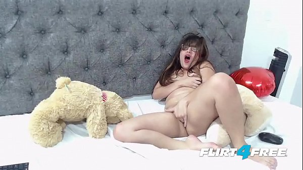 Michele Madison Flirt4Free - Chubby Latina Babe...