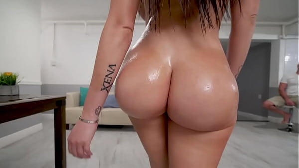 BANGBROS – Big Booty PAWG Compilation Featuring Kelsi Monroe, Lilly Hall, Anastasia Brokelyn and More!