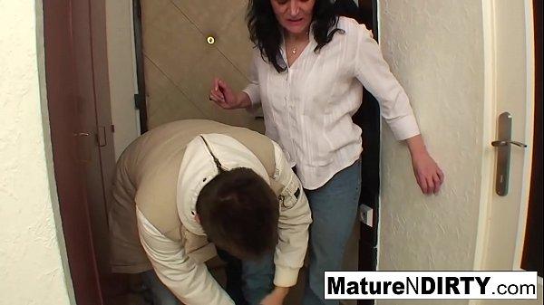 Busty brunette granny fucks on the floor