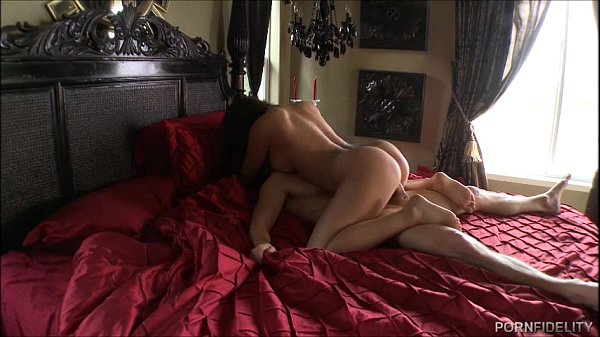 Sweet Sexy Destiny Dixon Enjoys Big White Cock