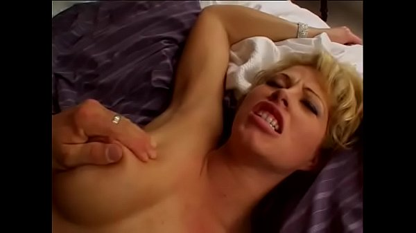 Hot kinky bitch Brooke Haven getting her pussy reamed with cock