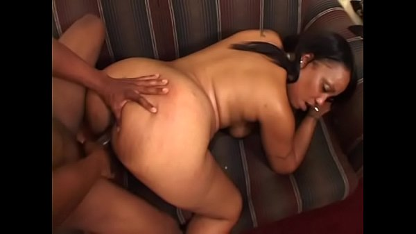 Bubble butt ebony slut Krystyle takes hard poun...