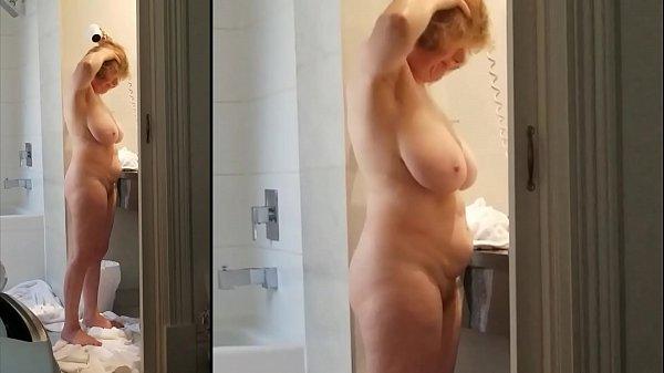 Sexy grandma has a k. body