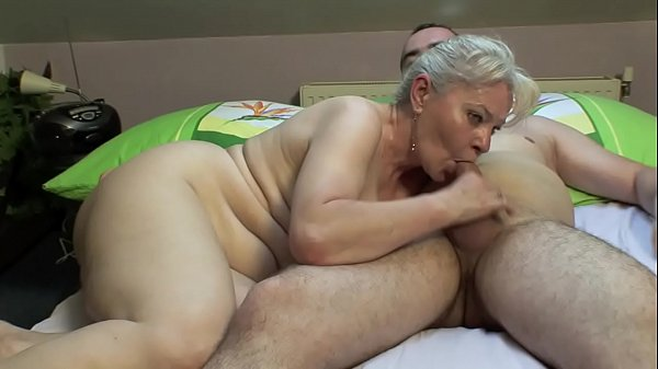 BEDROOM SEX BY MATURE COUPLE !! Thumb