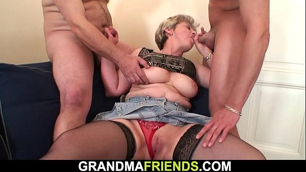Shaved pussy old grandma swallows two cocks