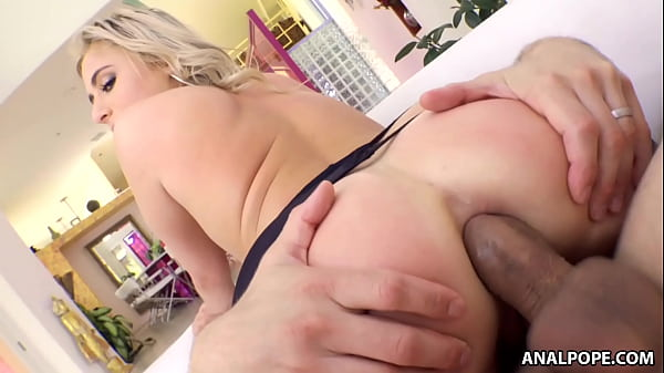 She warms up with a toy then jumps on the dick - Lindsey Cruz