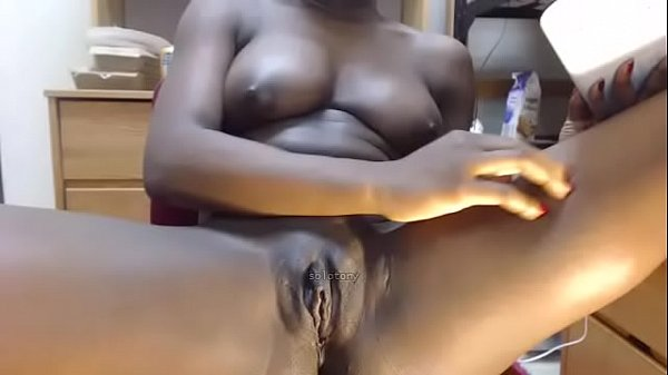 busty black milf fingering on cam