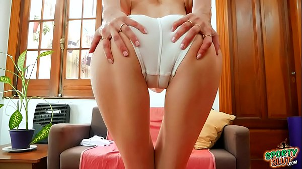 Amazing Cameltoe Thigh-Gap Skinny Babe in Tight Shorts Thumb
