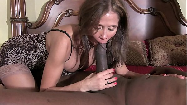 HotWifeRio horny brunette wife gives black guy a nice slow blowjob Thumb