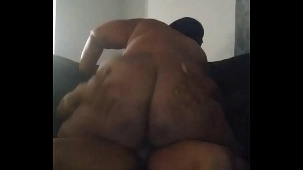 Lettin her bounce that big beautiful ass on my ...