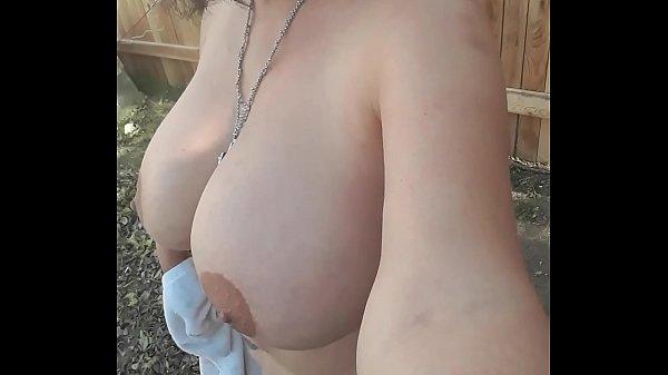 Desnuda cumpli reto