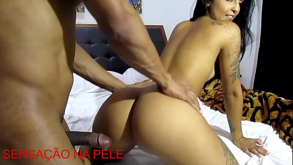 Cumming in the motel with the sexy brunette Julia Mattos