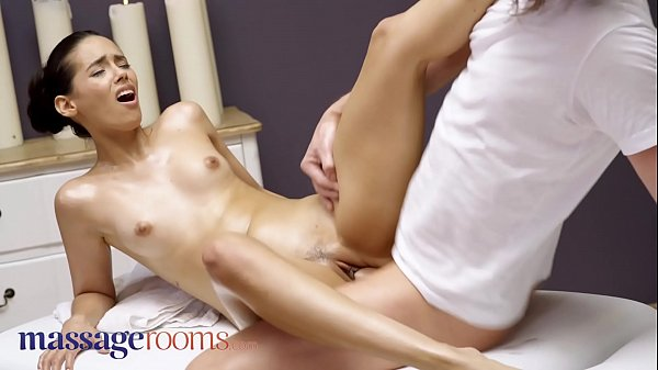 Massage Rooms Big booty sexy young Latina babe Andreina De Luxe fucked deep