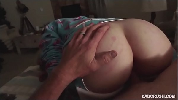 Teen Daughter Seduces Her Old Horny Father- Cas...