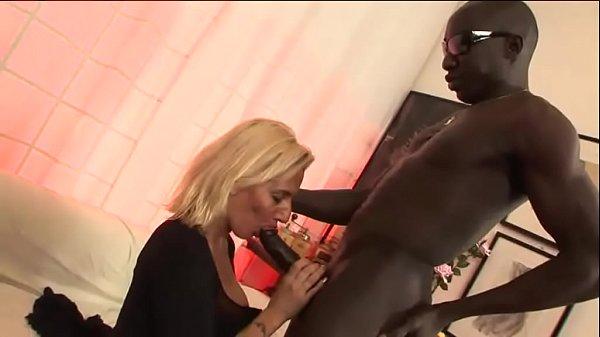 Italian milf has a black secret in her mouth