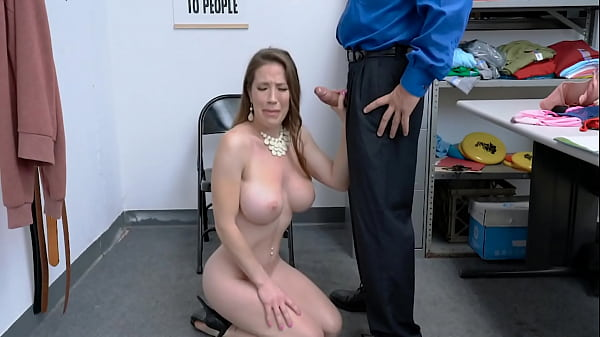 Italian Milf With Big Boobs Have To Suck Security Guard's Cock - Bianca Burke, Rusty Nails - Shoplyfter Mylf