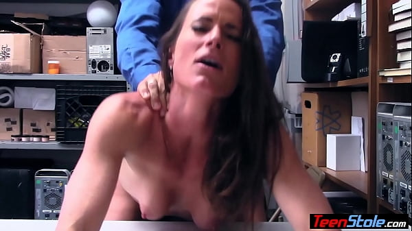 MILF shoplifter has to serve a LP officer to avoid jail