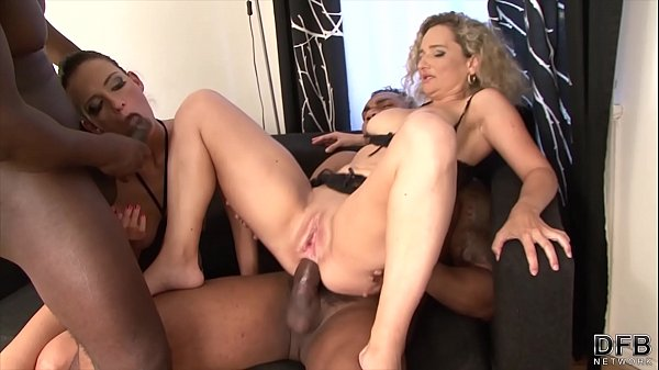 Mature moms love anal sex and to suck black cocks