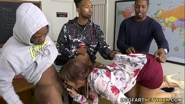 Syren DeMer Fucks Three Black Dudes In Front Of...