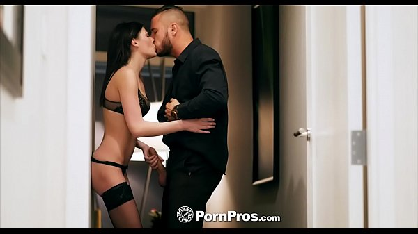 PORNPROS Romantic dinner turns into dick sucking fuck fest with Jessica Rex