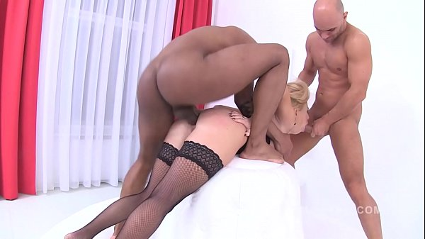 Isabella Clark takes 3 cocks in her ass at the same time - No Limits!