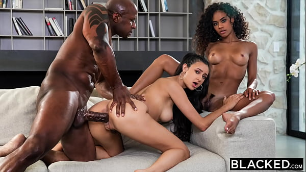 BLACKED Scarlit has threesome with her hubby & ...