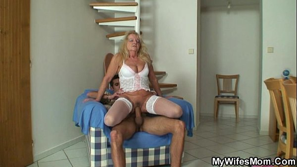 Old blonde bitch rides big cock