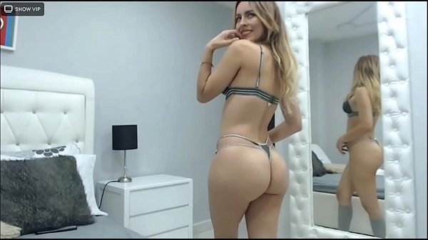 SamanthaBunny- you'll get erect when you see m...