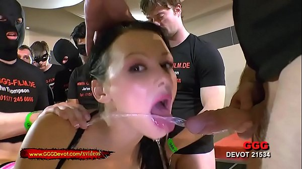 Piss And Cum For Slut Anna - GGGDevot