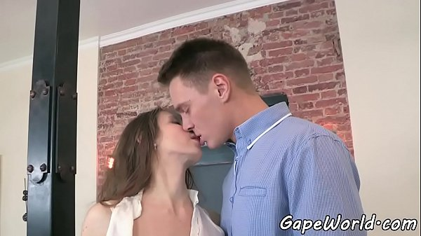 Dickloving glam beauty fucked in gaping ass