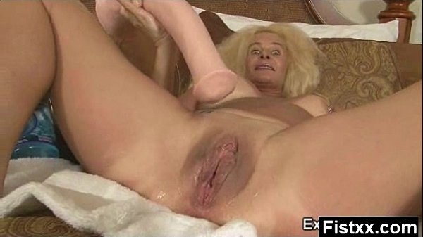 Wild Breasts Fisting Milf Fucked