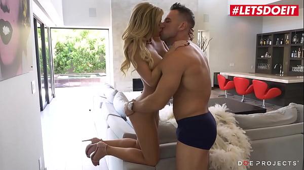 LETSDOEIT - (Jessa Rhodes & Johnny Castle) Passionate Guy Fucks Rough His Sexy Bombshell Girlfriend