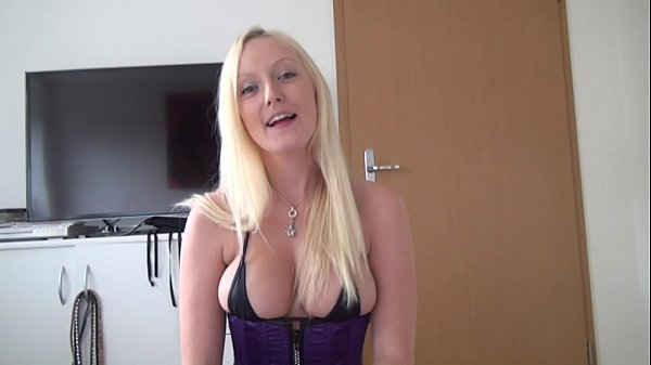 POV - Bella Blond
