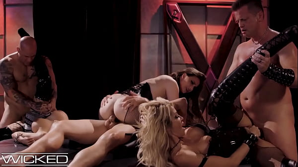 Wicked - jessica drake Organizes Orgy In Kinky ...