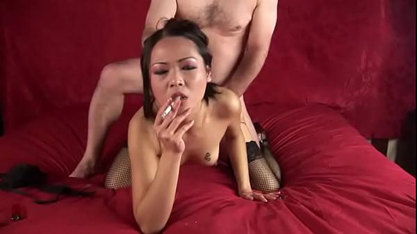 Nyomi Zen - Smoking Fetish at Dragginladies