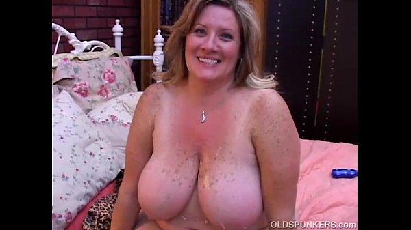 Beautiful mature BBW Deedra enjoys cum all over her big tits Thumb