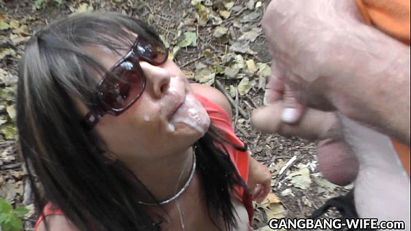 Wife swallows pee and cum from many guys at the highway Thumb