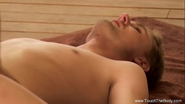 Erotic Massage With Oils  That Make Them Feel Relax Thumb