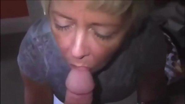 Moglie italiana con figa pelosa video porno
