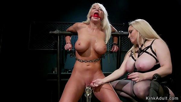 Monster tits blonde anal fucks her sub Thumb