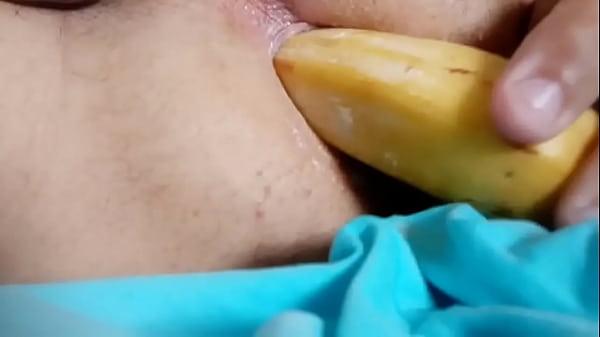 Brincando com a banana