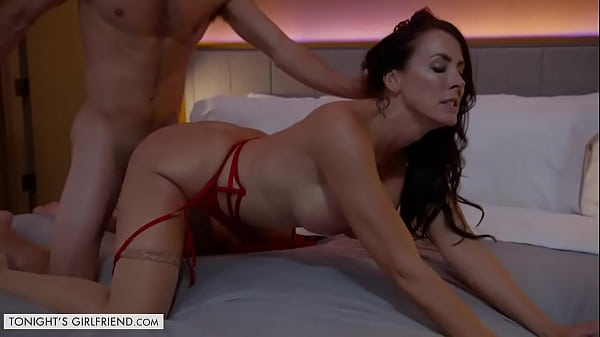 Tonight's Girlfriend - Super sexy MILF, Reagan Foxx, makes a fantasy become a reality