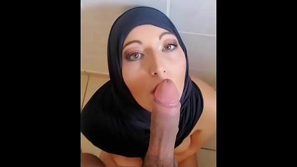 Unfaithful married Arab swallower of sperm, the...
