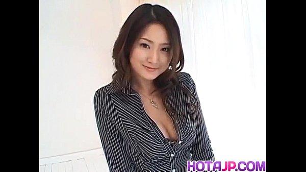 Risa Murakami busty sucks and licks tool
